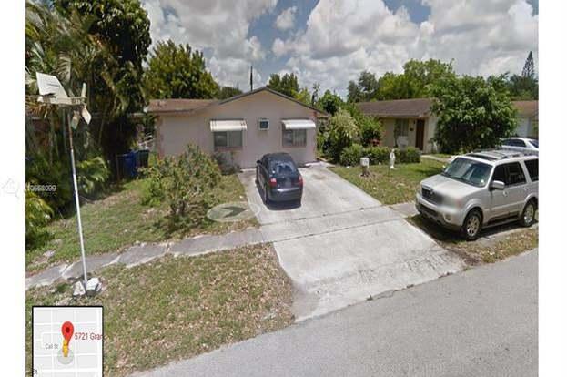 5725 Grant St, Hollywood, FL 33021