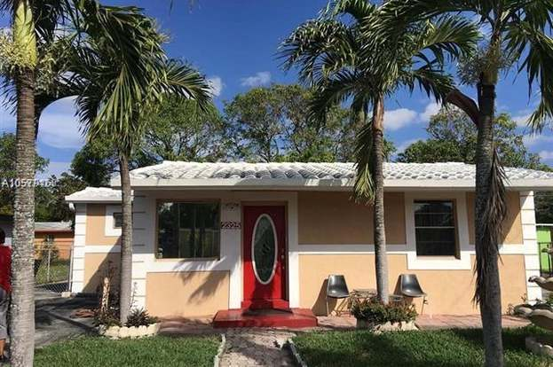 2325 nw 15th ct fort lauderdale fl 33311 mls a10579163 redfin rh redfin com