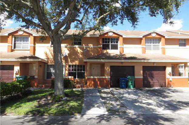 genMid.H912202 0 - Honey Hill Park Townhomes Miami Gardens