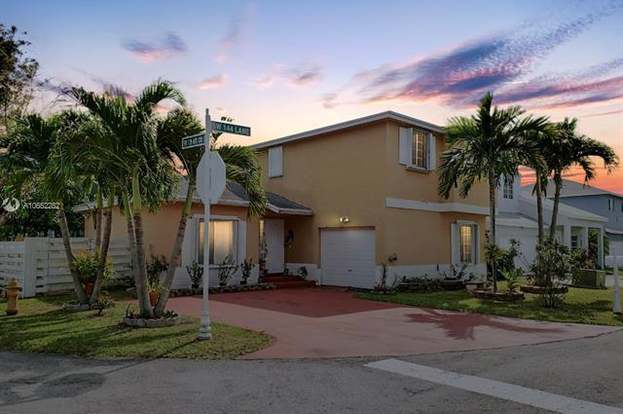 Brilliant 13910 Sw 144Th Ln Miami Fl 33186 3 Beds 3 Baths Home Interior And Landscaping Oversignezvosmurscom
