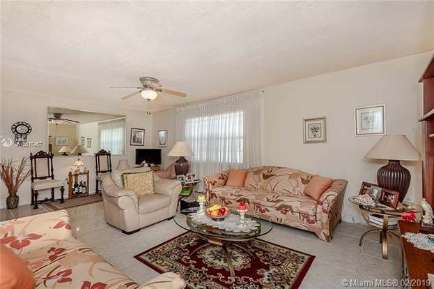 1747 Rodman St #406, Hollywood, FL 33020 - 2 beds/2 baths