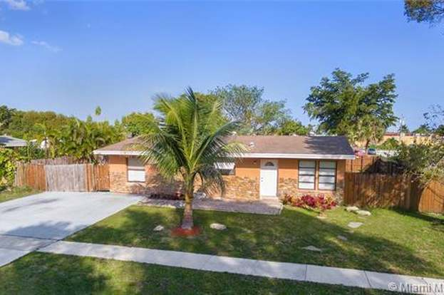 2200 e river dr margate fl 33063 mls a10622528 redfin rh redfin com