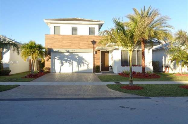 Fabulous 15079 Sw 176Th Ln Miami Fl 33187 3 Beds 2 5 Baths Download Free Architecture Designs Momecebritishbridgeorg
