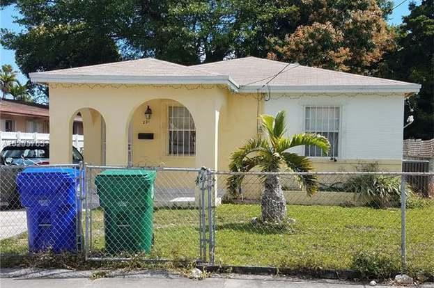 221 Nw 59th Ct Miami Fl 33126 3 Beds 2 Baths