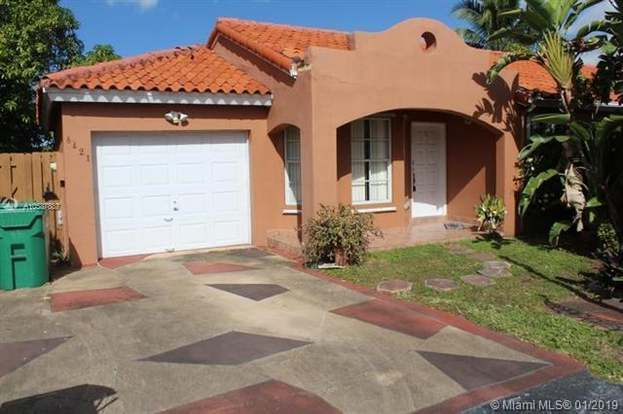 8421 Nw 1st Ter Miami Fl 33126 3 Beds 2 Baths