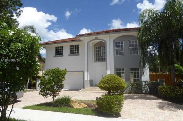 10053 SW 157 Ct, Miami, FL 33196