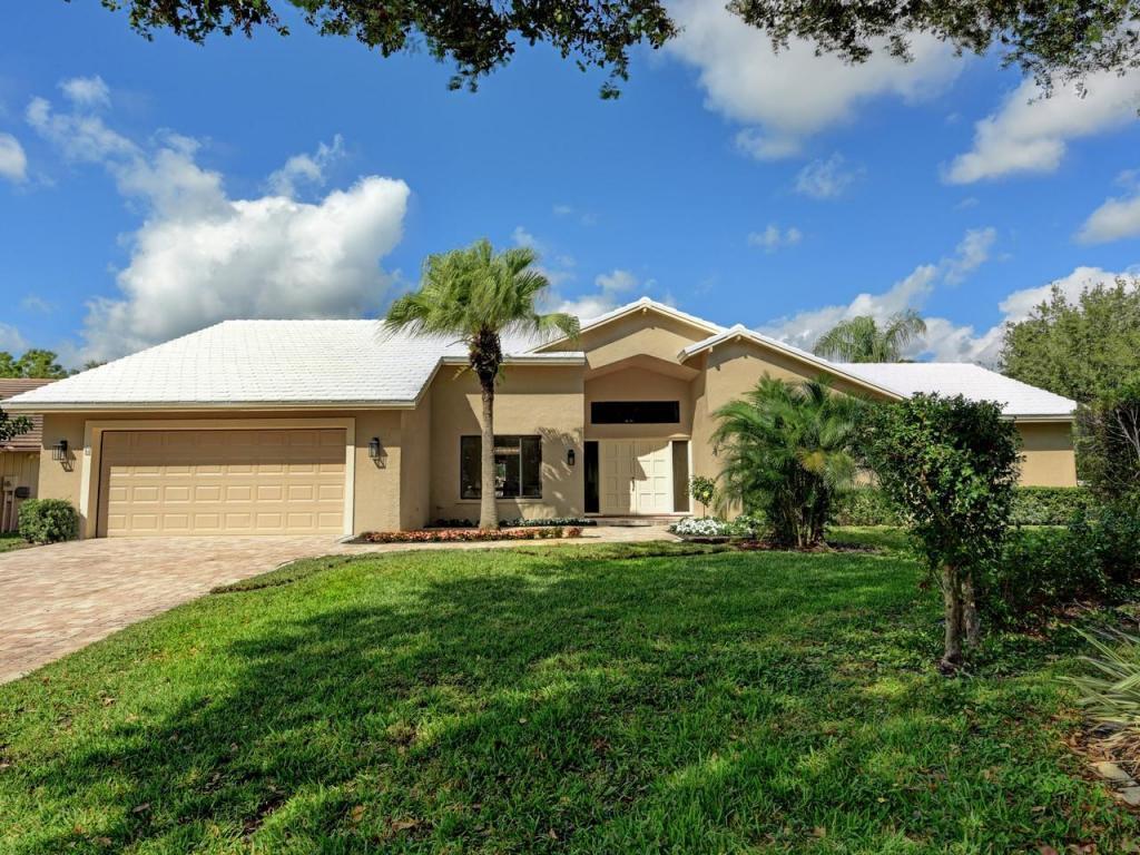 6 Saint Giles Rd, Palm Beach Gardens, FL 33418 | MLS# RX-10415223 ...