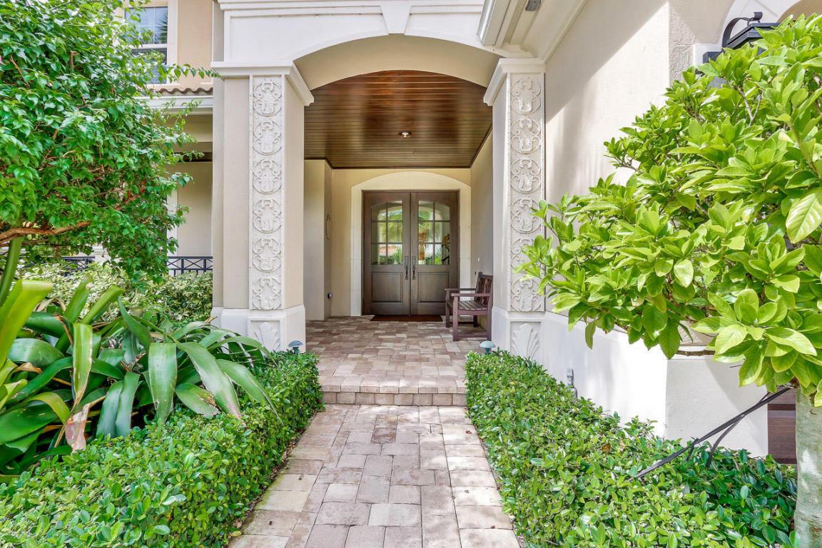 333 Charroux Dr, Palm Beach Gardens, FL 33410   MLS# RX-10376234 ...
