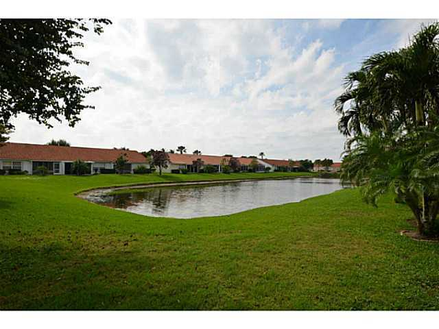 6068 Floral Lakes Dr Delray Beach Fl 33484 Mls Rx 3339589 Redfin