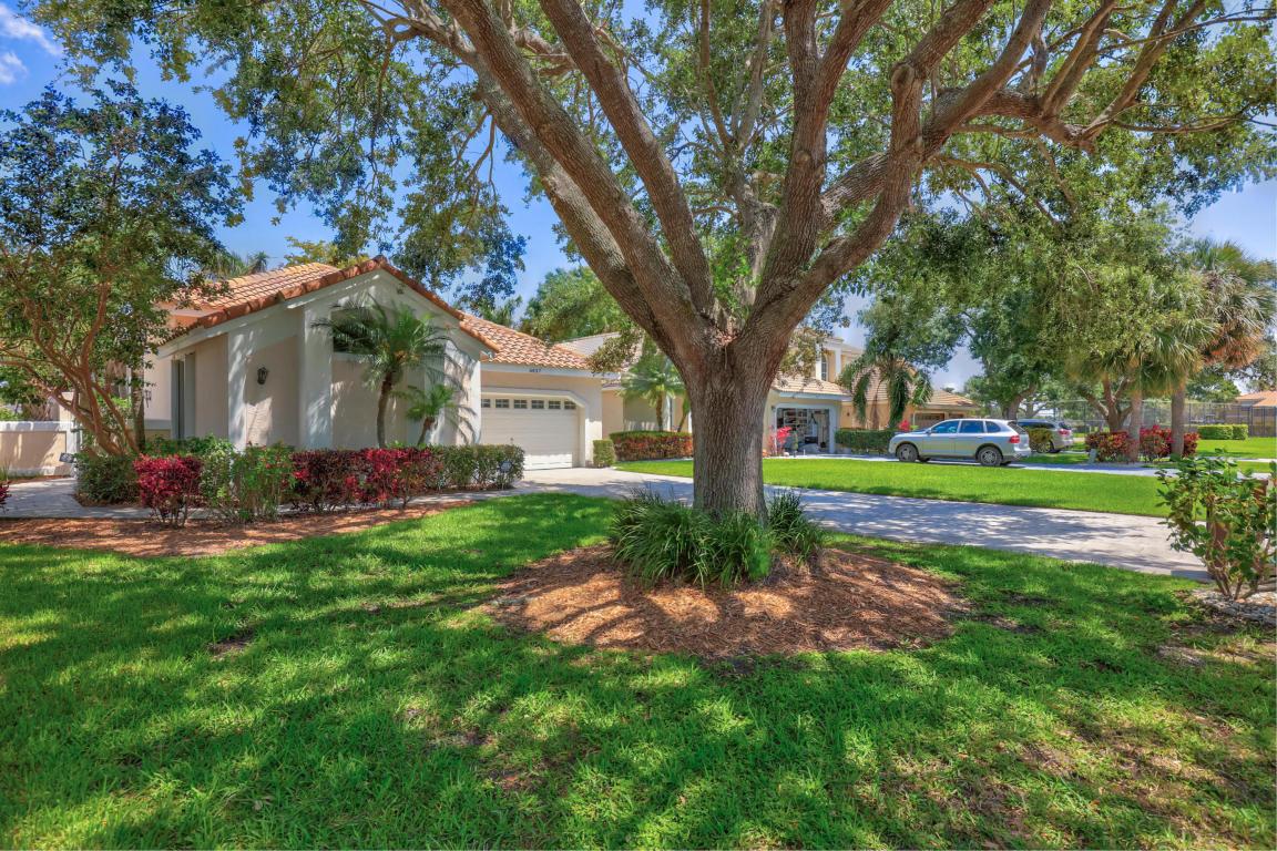 6837 Briarlake Cir, Palm Beach Gardens, FL 33418 | MLS# RX-10427692 ...