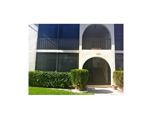 333 Knotty Pine Cir Unit A1, Greenacres, FL 33463 - 2 beds/2 baths