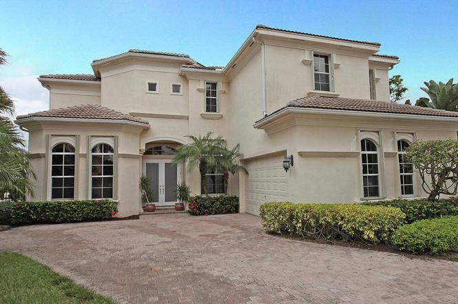 355 Vizcaya Dr, Palm Beach Gardens, FL 33418