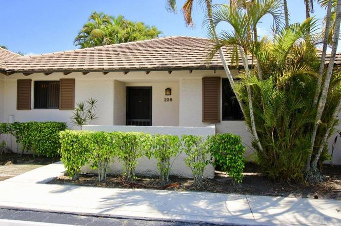 226 Club Dr, Palm Beach Gardens, FL 33418 | MLS# RX-10330313 | Redfin