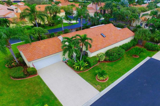 2663 La Lique Cir, Palm Beach Gardens, FL 33410 | MLS# RX-10170352 ...