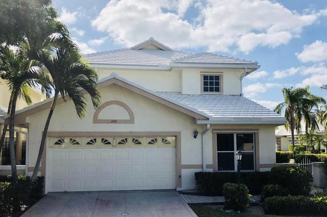 240 Canterbury Dr E, Palm Beach Gardens, FL 33418