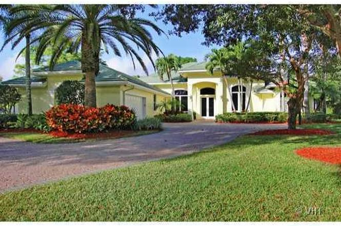 Beautiful 8279 Steeplechase Dr, Palm Beach Gardens, FL 33418   MLS# RX 3330713    Redfin Pictures