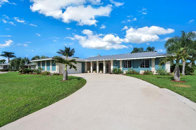 2861 SE Pine Valley St, Port Saint Lucie, FL 34952 | MLS ...