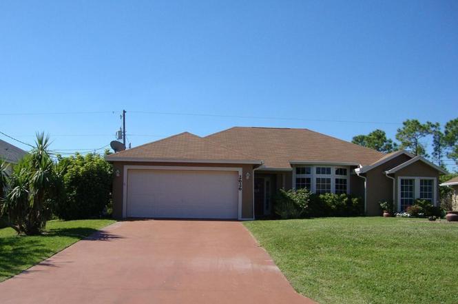 2626 SW Fair Isle Rd, Port Saint Lucie, FL 34987   MLS# RX ...