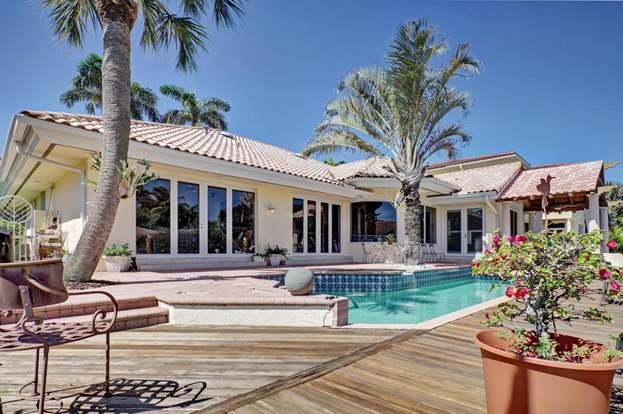 511 Golden Harbour Dr, Boca Raton, FL 33432 - 3 beds/2 5 baths