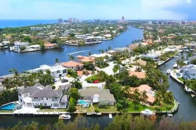 681 Golden Harbour Dr, Boca Raton, FL 33432 - 4 beds/3 baths