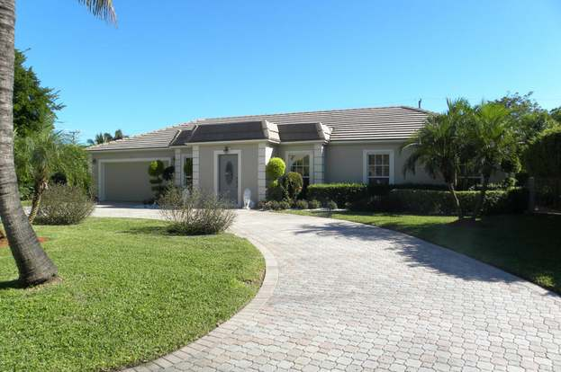 1024 SW 17th St, Boca Raton, FL 33486 3 beds2 baths