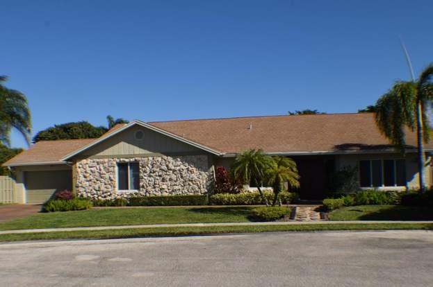 5743 Vista Linda Ln, Boca Raton, FL 33433