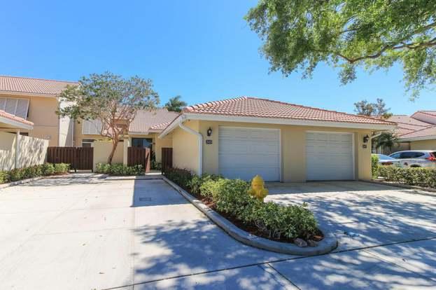 245 Old Meadow Way, Palm Beach Gardens, FL 33418   2 Beds/2 Baths