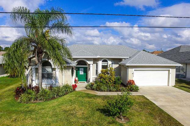 5845 NW Begonia Ave, Saint Lucie West, FL 34986 - 3 beds/2 baths