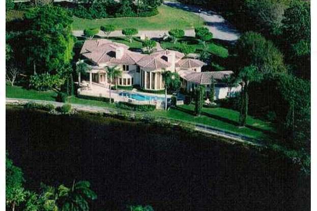 2955 Calais Dr, Palm Beach Gardens, FL 33410 - 4 beds/5 5 baths