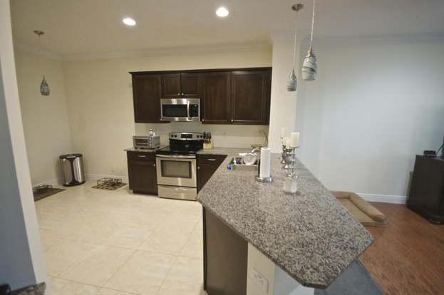 2033 Foxtail View Ct, West Palm Beach, FL 33411