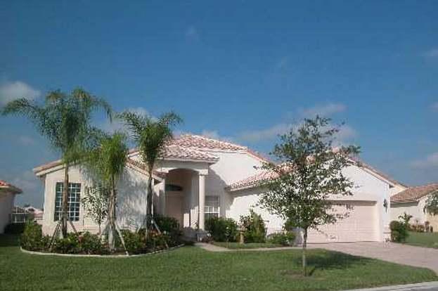 445 NW Brookville Ct, Port Saint Lucie, FL 34986 - 3 beds/2 5 baths