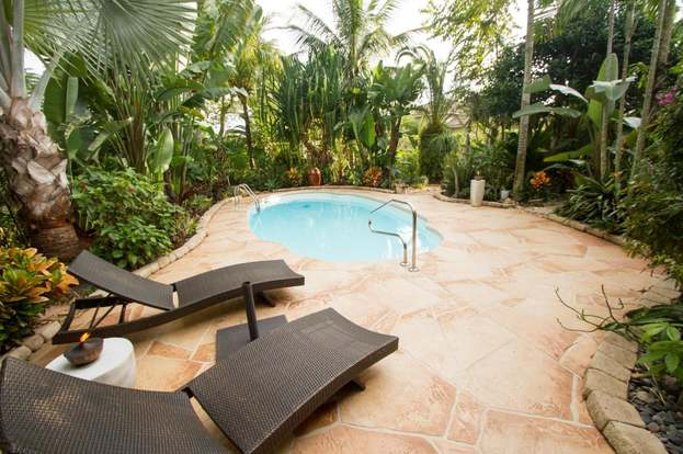 8401 Staniel Cay, West Palm Beach, FL 33411 - 2 beds/2 5 baths