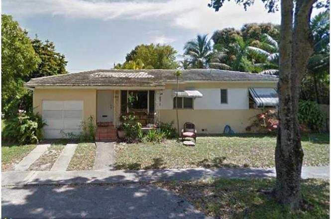 3831 NW 60th Ct, Virginia Gardens, FL 33166