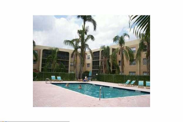 7100 Nova Dr #204, Davie, FL 33317 - 2 beds/2 baths