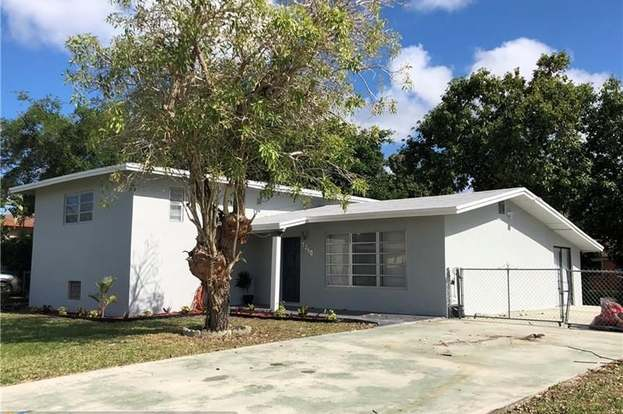 Super 1260 Ne 202Nd St North Miami Beach Fl 33179 3 Beds 2 Baths Home Remodeling Inspirations Cosmcuboardxyz