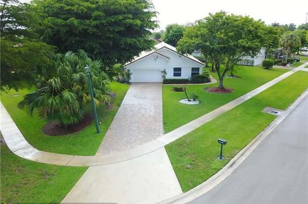 11134 Highland Cir, Boca Raton, FL 33428 3 beds2 baths