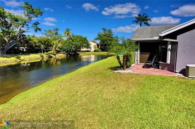 2674 Blue Sage Ave, Coconut Creek, FL 33063 - 2 beds/2 baths