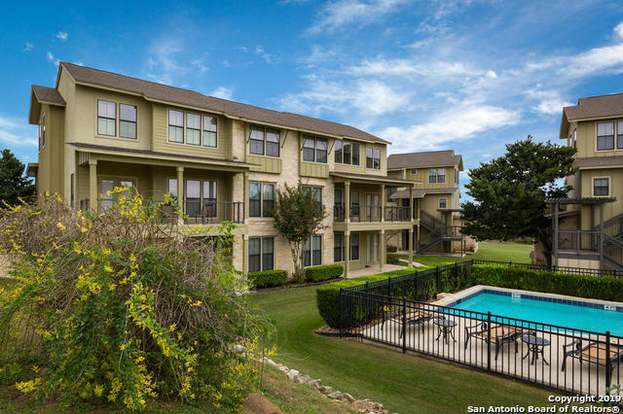 1111 Long Creek Blvd #303, New Braunfels, TX 78130 - 3 beds/3 baths