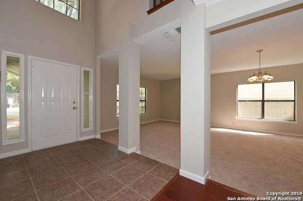 16615 Crystal Glade, San Antonio, TX 78247 - 4 beds/2.5 baths