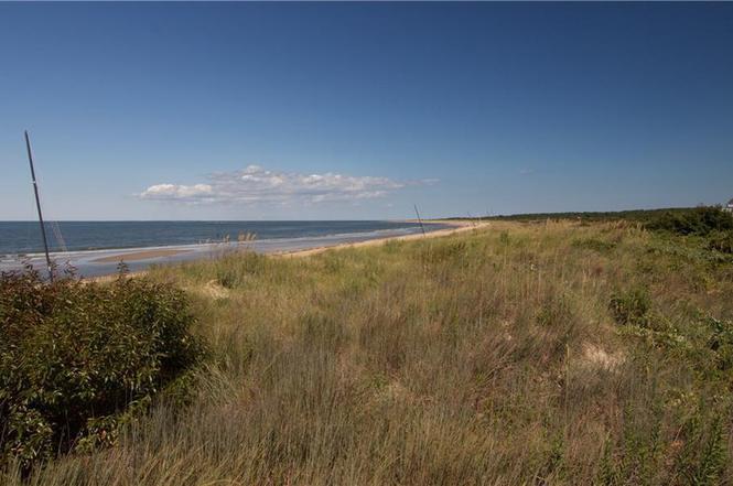 Superbe 2624 Ocean Shore Ave Unit B, Virginia Beach, VA 23451