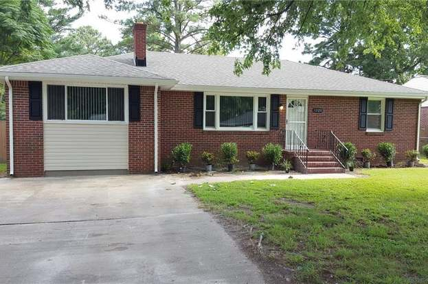 1220 Ormer Rd, Chesapeake, VA 23325