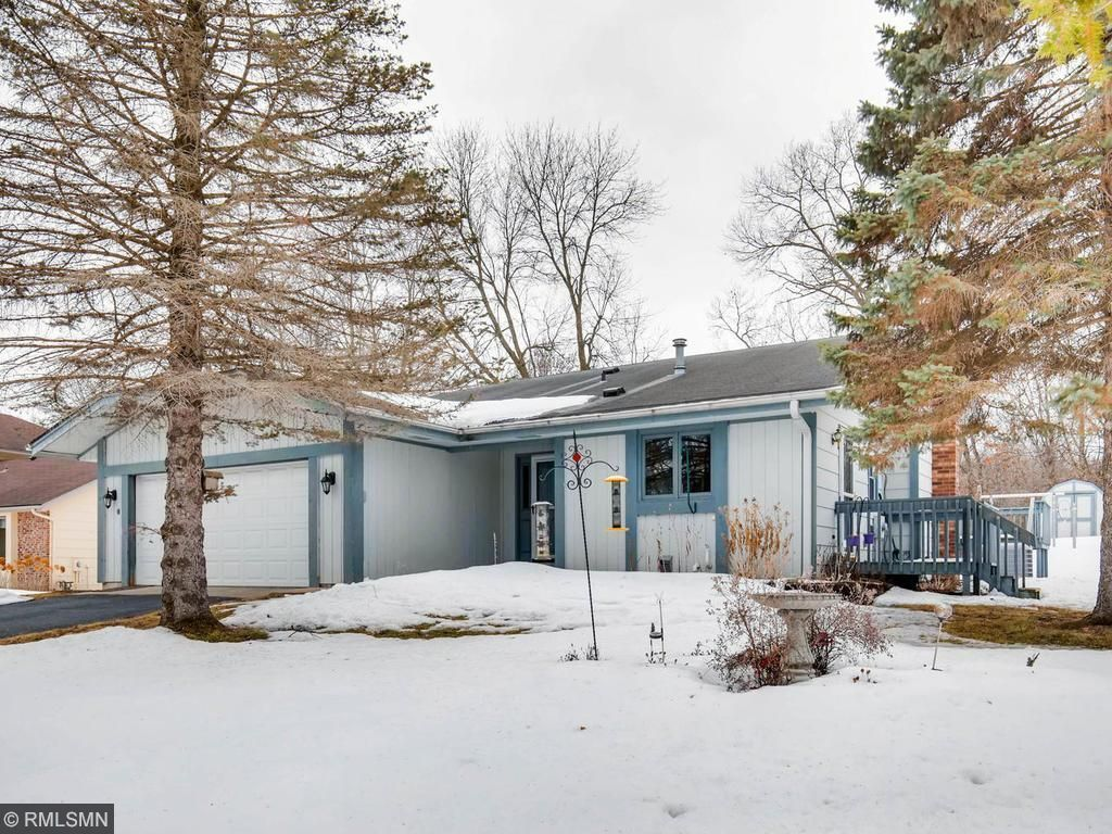 13646 Elkwood Dr, Apple Valley, MN 55124 - 3 beds/2 baths