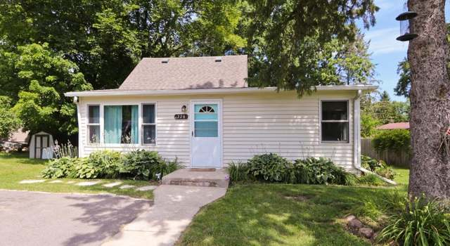 18057 Palmer Cir, Eden Prairie, MN 55347 - 4 beds/3 baths