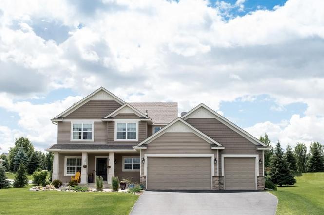 17897 Flint Ave, Lakeville, MN 55044