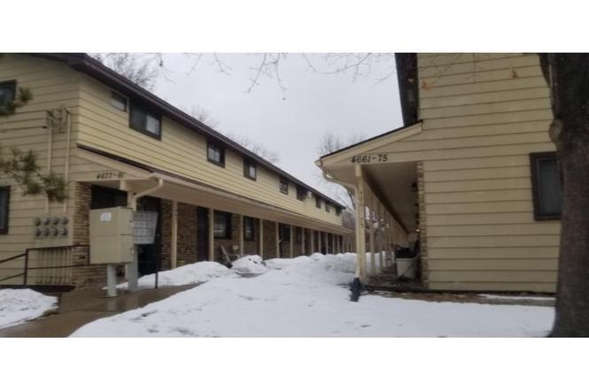 4669 Monroe St NE Hilltop MN 55421