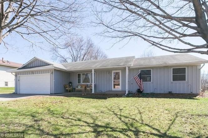 4928 142nd Path W, Apple Valley, MN 55124 - 3 beds/3 baths