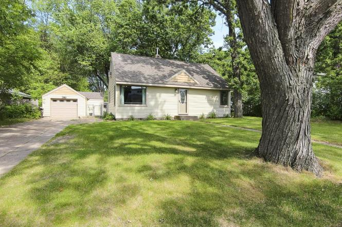 5454 jackson dr mounds view mn 55112 mls 4841717 redfin 5454 jackson dr mounds view mn 55112 mightylinksfo