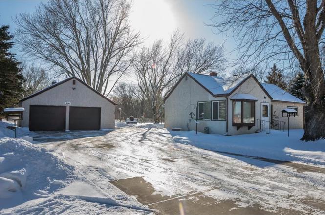 4144 Scheuneman Rd, White Bear Lake, MN 55110 | MLS# 4906883 | Redfin