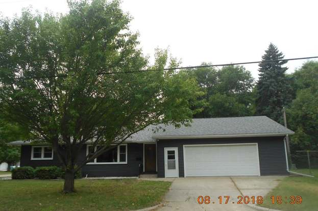 826 Lincoln Ave S, Owatonna, MN 55060
