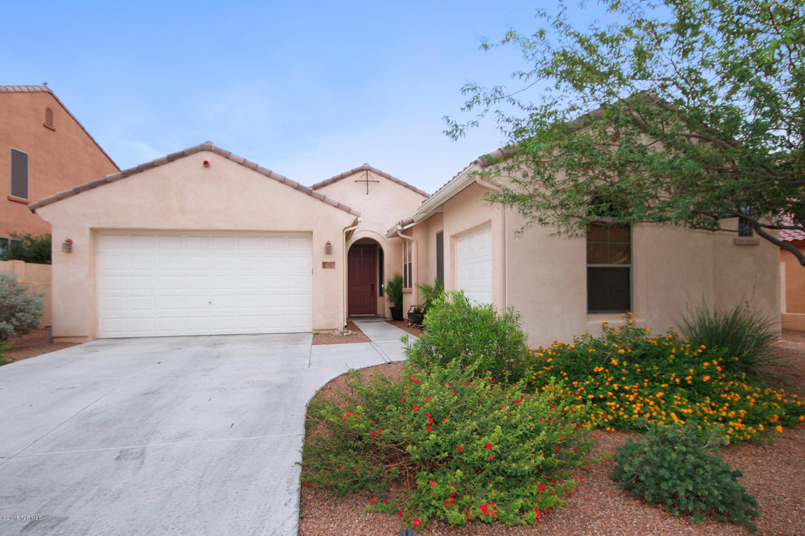 sahuarita chat Search our new phoenix area homes for sale and find the neighborhoods and options you desire building new homes in sahuarita,  select your region to chat with us.